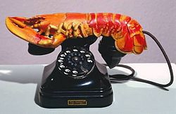 250px-Lobster_telephone