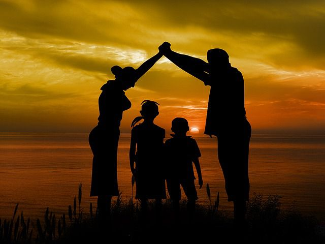 być tatą, być mamą, być rodzicami