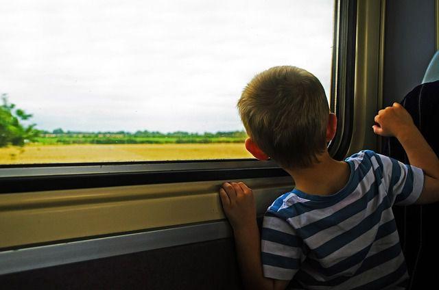traveling-72151_640