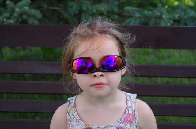 portrait-of-a-child-1616564_640