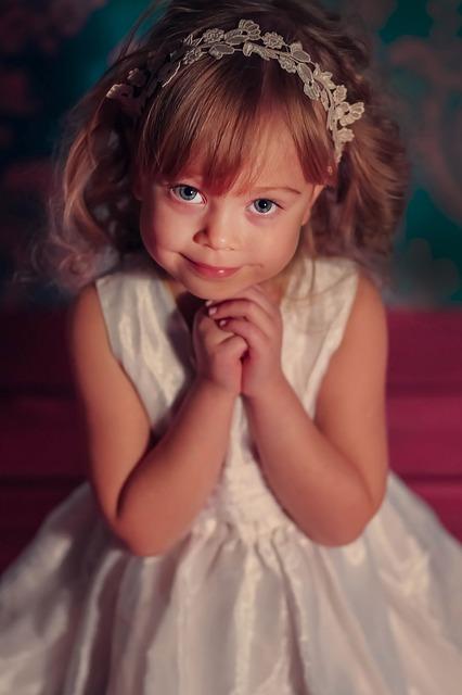 photographing-children-735226_640